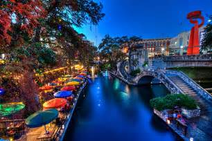 Tx Riverwalk The Waterfront Spotlight San Antonio River Walk