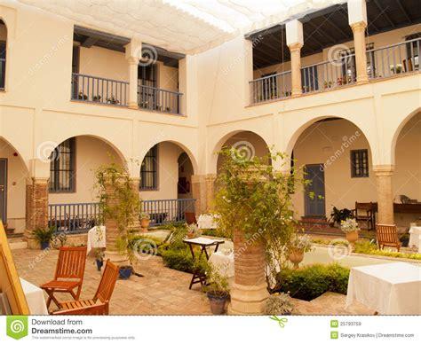 giardino interno casa giardino interno patio della casa storica a cordova