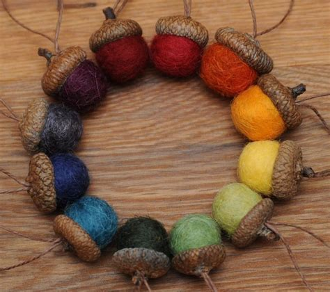 acorn craft projects 25 best ideas about acorn crafts on