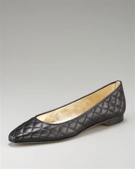manolo flat shoes manolo blahnik quilted ballerina flat in black beige lyst