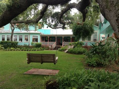 cedar key bed and breakfast honeymoon cottage bedroom picture of cedar key bed and