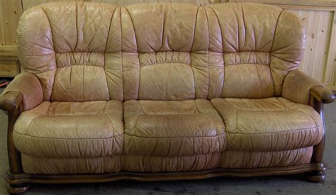 Worn Leather Sofa Worn Leather Sofa Porly David Pia Worn Leather Sofa