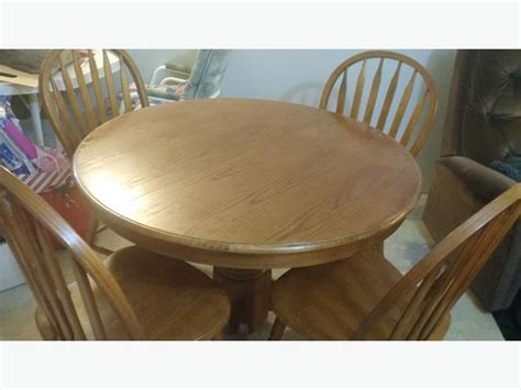 42 inch dining table with leaf 42 quot oak dining table set 4 chairs leaf
