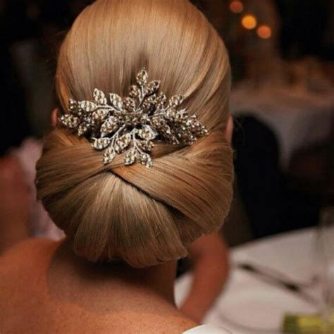 Wedding Hairstyles Classic by 20 Wedding Updo Haircut Ideas Designs Hairstyles