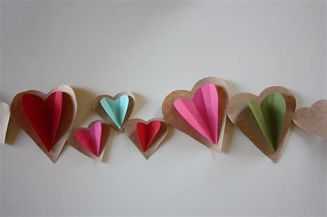 How To Make Paper Chain Hearts - paper chain via flickr homey diys