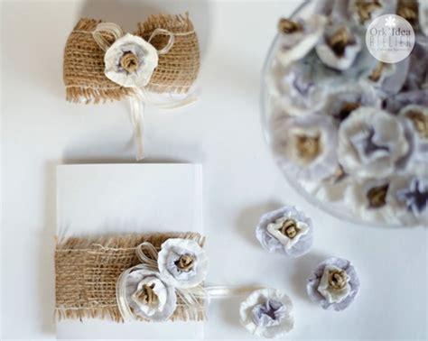 come fare fiori di confetti come fare un bouquet da sposa con carta riciclata