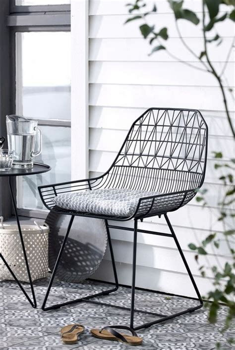 Wire Patio Chairs 25 Best Ideas About Wire Chair On Pinterest Mesh Chair Metal Patio Chairs And Arper Furniture