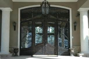 22 pictures of homes with black front doors page 2 of 4
