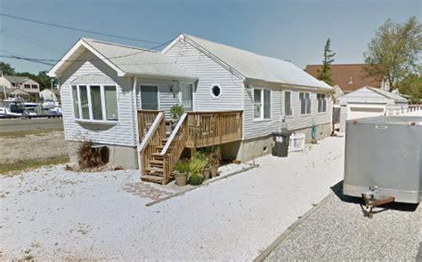 Got 2 5m Artie Lange S Toms River Mansion Up For Grabs Artie Lange House