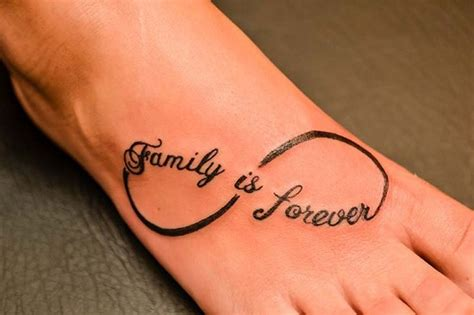 the word family tattoo designs meaningful family word designs
