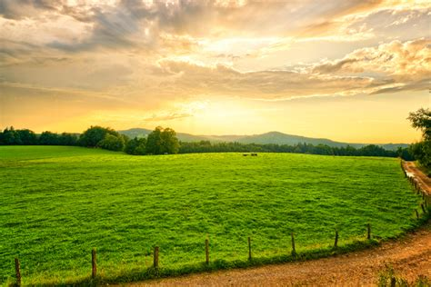 farmland sunset photos 1337329 freeimages