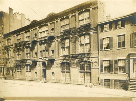 Tenth Street Studio Building Between Fifth And Sixth