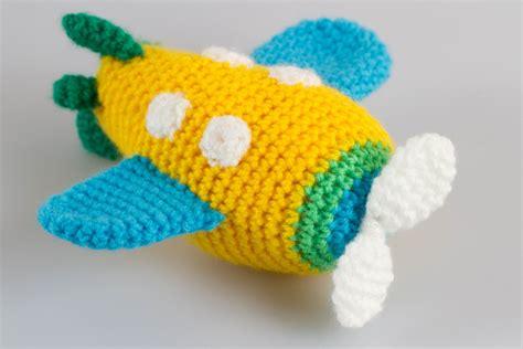 amigurumi airplane pattern free airplane amigurumi crochet pattern crochet toys crochet