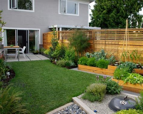 Best 25  Modern garden design ideas on Pinterest   Modern