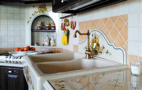 cucina con piano cottura angolare cucina country benevento