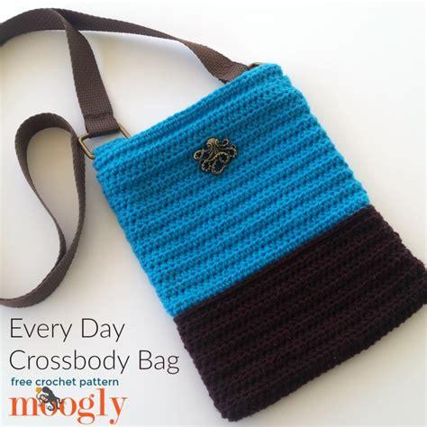 free crochet pattern crossbody bag every day crossbody bag free crochet pattern on moogly