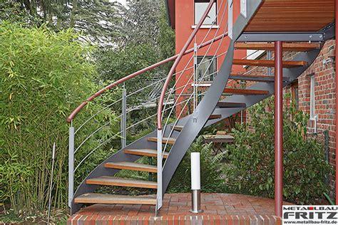 treppengeländer außen verzinkt au 223 en idee stahltreppe