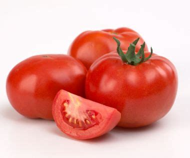 eating tomatoes cuts heart disease risk by a quarter health benefits of tomatoes eating tomatoes reduses the
