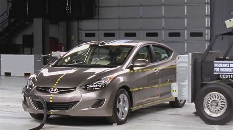 2012 Hyundai Elantra Crash Test Ratings Crash Test 2012 Hyundai Elantra Vs 2001 And 2005 Elantra