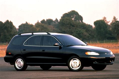 Hyundai Elantra 1996 by 1996 00 Hyundai Elantra Consumer Guide Auto
