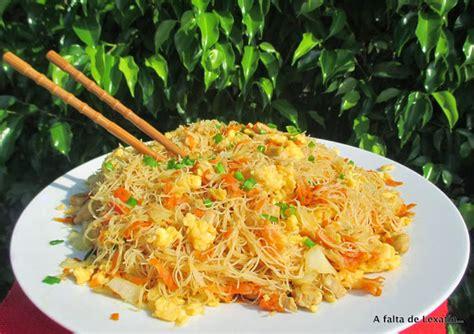 como cocinar fideos de arroz chinos fideos de arroz chinos cocinar en casa es facilisimo