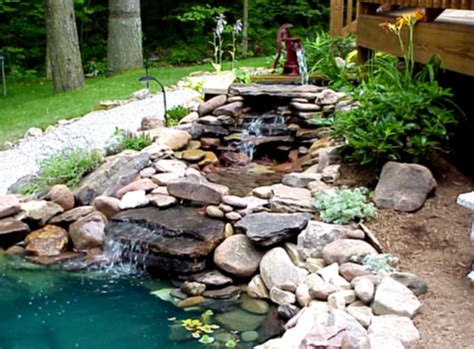 Small Backyard Pond Ideas Fish Pond On Pinterest Small Water Gardens Fish Ponds And Ponds Goodhomez