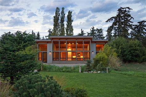 fabcab brings sustainable prefabs to seattle home show port townsend timber fabcab prefab homes