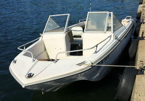 glastron boats good v196 glastron boat for sale from usa