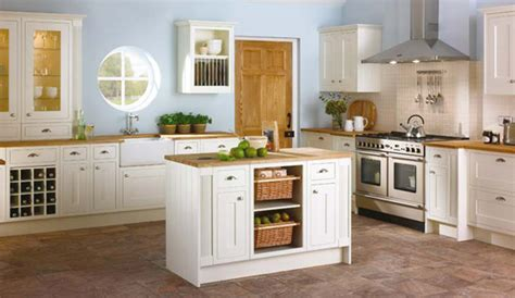 kitchen ideas cream cabinets the pleasing aspects of kitchen design ideas cream