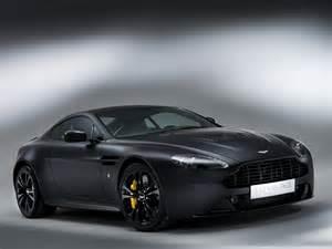 Aston Martin V12 Vintage 2013 Aston Martin V12 Vantage Carbon Black Sportcar