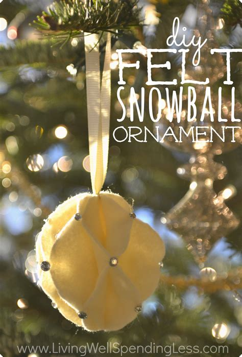 Beautiful Handmade Ornaments - diy felt snowball ornament great tutorial for