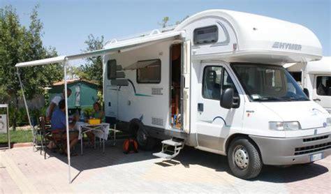 bir girisim firsati yenilikci karavan turizmi