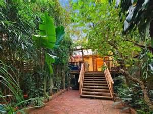 Tropical garden design using brick with deck amp decorative
