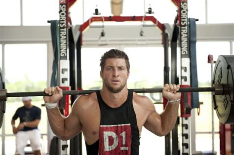 tim tebow max bench tim tebow workout muscle prodigy