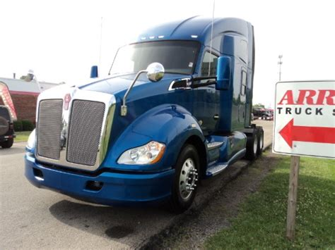 2013 kenworth t680 for sale 2013 kenworth t680 for sale 24 used trucks from 36 950