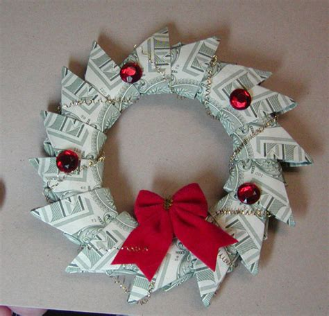 Origami Money Wreath - money wreath by yungs cards and paper crafts