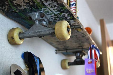 Skateboard Shelf Diy by Diy Skateboard Shelves