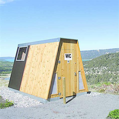toilettes bouch es solution toilettes publiques autonomes 224 lombricompostage
