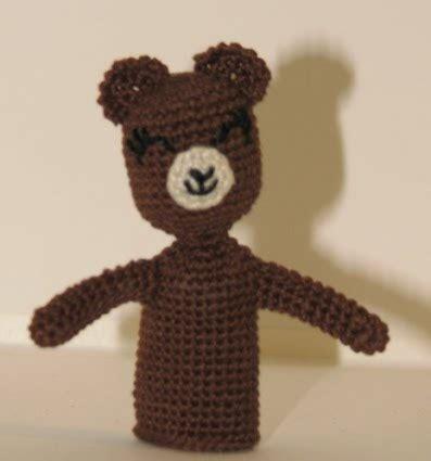 2000 free amigurumi patterns: bear finger puppet: free