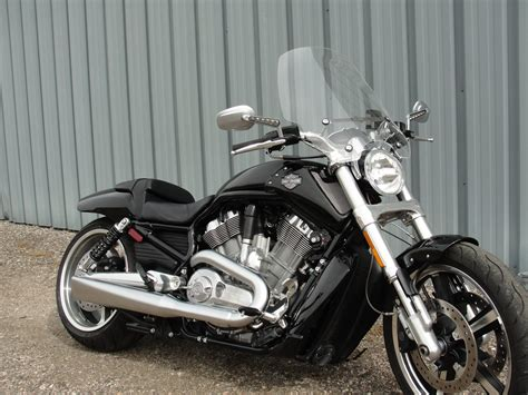 Harley Davidson Windshields by Harley Davidson V Rod Release Compact Mid