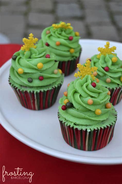 cupcake arbol de navidad el domingo 14 mercado de navidad de pedralbes frosting