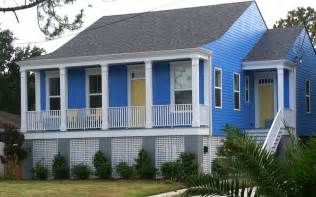 blue houses new orleans house paint colors periwinkle blue yellow