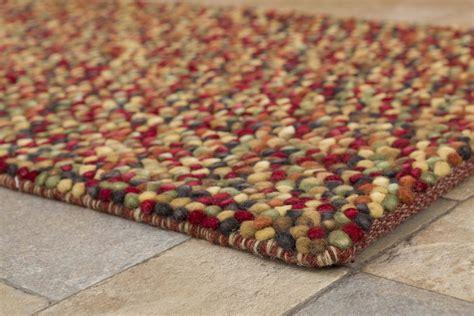 buy felt rug buy pebble felt cranberry 110x170cm the real rug company