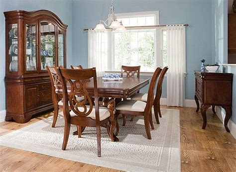 Raymour And Flanigan Dining Room Hutch Beautiful Classic Dining Set Various House Ideas