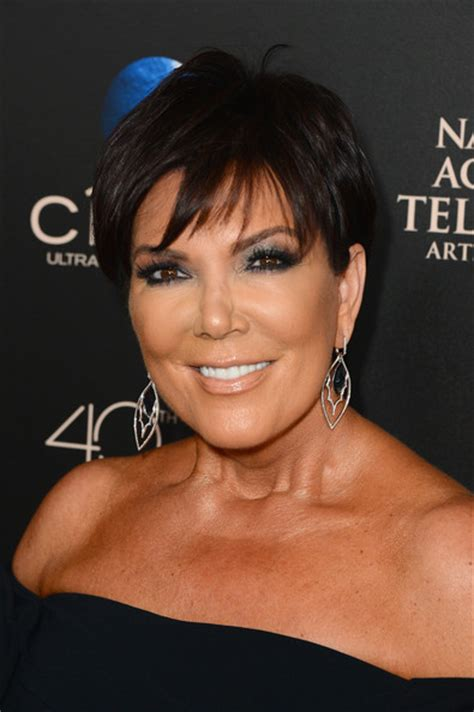 kris jenner pixie kris jenner short hairstyles lookbook kris jenners pixie short hairstyle 2013