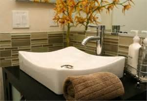 bathroom modern tile ideas backsplash: white glass bathroom backsplash design ideas