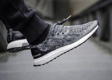 Sepatu Adidas Boost Import Black 1000 ide tentang adidas ultra boost di sepatu kets pria sepatu pria dan