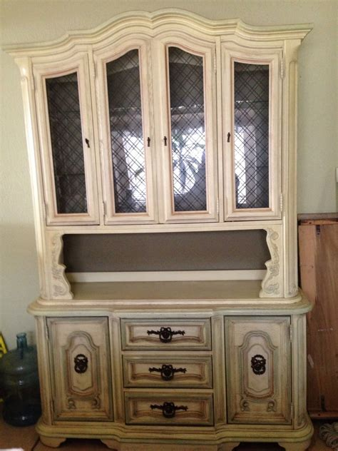 how much is my china cabinet worth i need to how much my china cabinet is worth it s a