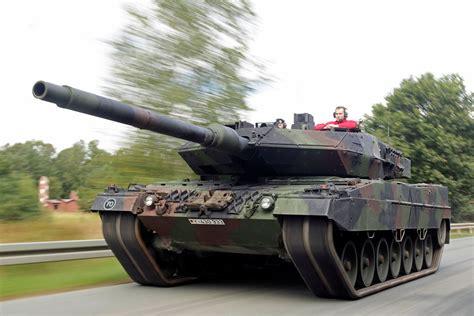 Leopard 2 Autobild by Porsche 9ff Gtronic Versus Leopard 2 Comparison Bilder