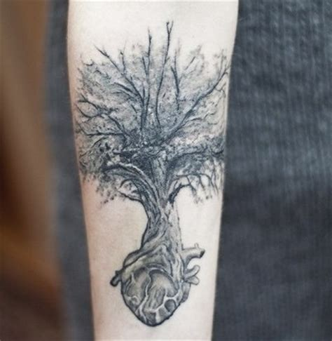 tattoo hand tree tree tattoos high fashion update